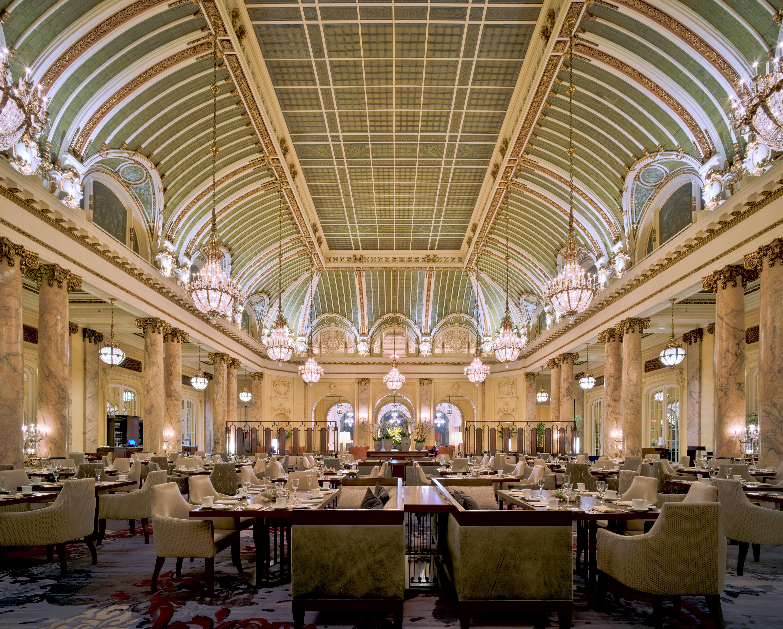 Garden_Court_at_the_Palace_Hotel,_San_Francisco_2.jpg